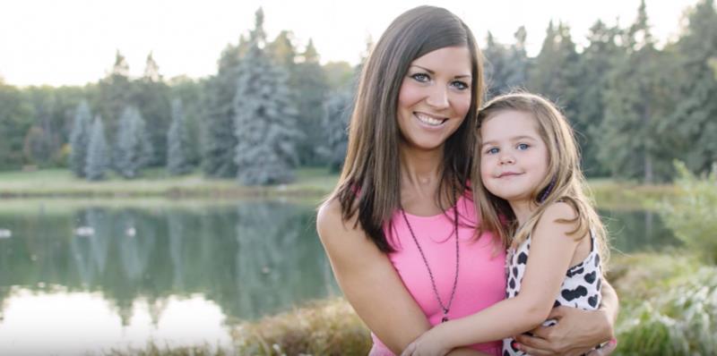 初為人母,卻突發性全身癱瘓》她靠「母愛」治癒自己:我也像個新生兒,要跟孩子一起長大
