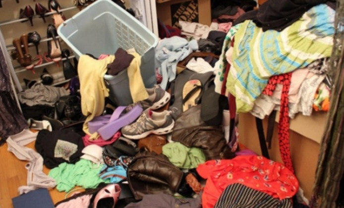 丟掉 衣服的圖片搜尋結果